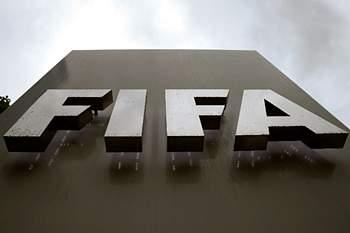"""Poiares Maduro e a FIFA: decisões duras, mas importantes """"criaram alguns conflitos"""""""