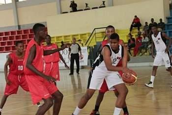 Sub-16 angolano falhou Afrobasket por falta de dinheiro.