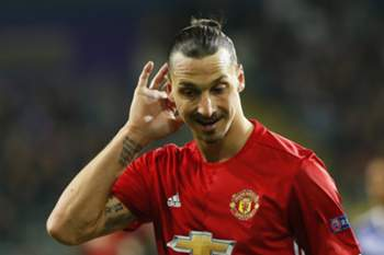 epa05906776 Manchester United's Zlatan Ibrahimovic reacts during the UEFA Europa League, quarter final, first leg soccer match between RSC Anderlecht and Manchester United at the Constant Vanden Stock stadium in Anderlecht, Belgium, 13 April 2017. EPA/JULIEN WARNAND