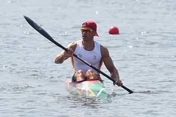 epa05487104 Fernando Pimenta of Portugal reacts in the men's Kayak Single 1000m semifinal race of the Rio 2016 Olympic Games Canoe Sprint events at the Lagoa Rodrigo de Freitas in Rio de Janeiro, Brazil, 15 August 2016. EPA/FACUNDO ARRIZABALAGA