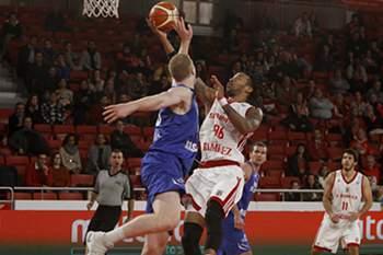 Benfica já apurado perde na receção aos belgas do Bruxelas Basket