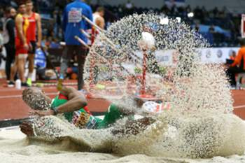 epaselect epa05831436 Portugal 's Nelson Evora in action during the Men's Triple Jump final at the European Athletics Indoor Championships in Belgrade, Serbia, 05 March 2017. EPA/SRDJAN SUKI