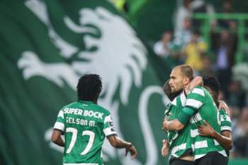 Equipa do Sporting festeja golo frente ao Chaves