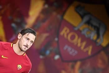 Totti no jogo de despedida
