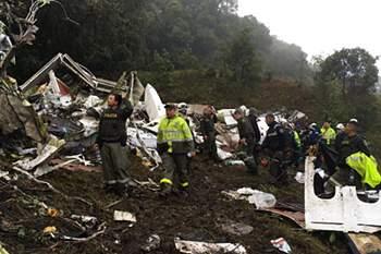 queda de avião na colômbia