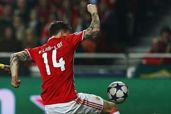 Borussia Dortmund recebe o Benfica para a 'Champions' depois de ter perdido 1-0 na Luz no jogo da primeira m