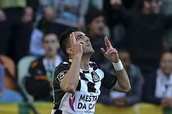Zé Manel celebra um golo em Alvalade.
