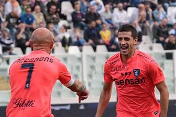 Jogadores do Empoli festejam golo