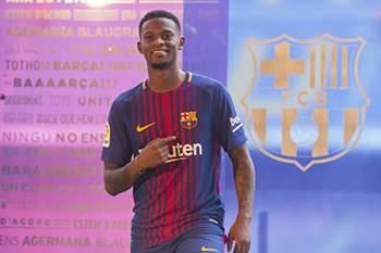 Nélson Semedo assinou pelo Barcelona