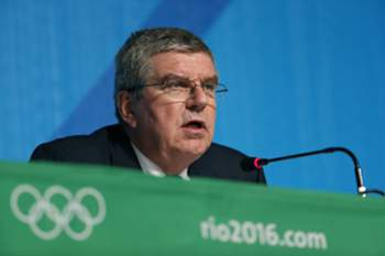 epa05502116 IOC President Thomas Bach speaks during a press conference at the Main Press Centre at the Rio 2016 Olympic Games in Rio de Janeiro, Brazil, 20 August 2016.
