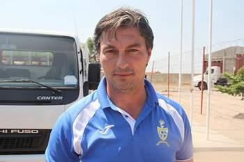 Paulo Figueiredo, treinador angolano