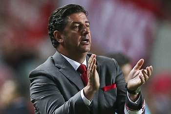 Rui Vitória em ação no jogo com o SC Braga.
