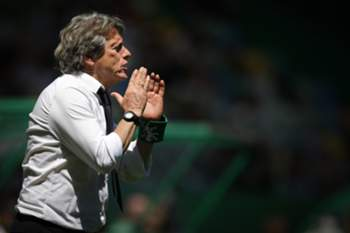 Sporting's head coach Jorge Jesus reacts during the Portuguese First League soccer match against Belenenses at Alvalade stadium, in Lisbon, Portugal, 7 May 2017. MARIO CRUZ/LUSA