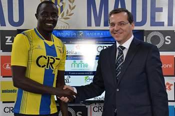 Christophe Nduwarugira assina pelo União da Madeira