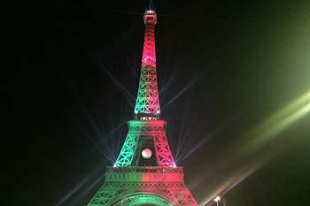 Torre Eiffel dá os parabéns a Portugal