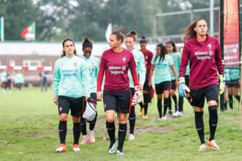 Seleção feminina de futebol de Portugal