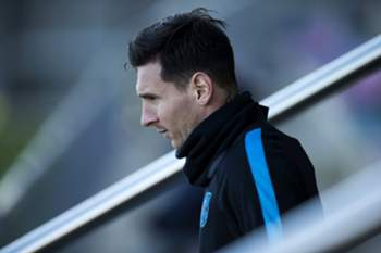 epa05113278 (FILES) File photo dated on 23 November 2015 of FC Barcelona's Argentinian forward Lionel Messi taking part in a team's training session at Joan Gamper sport complex, in Barcelona, northeastern Spain. Audiencia de Barcelona court will take Messi and his father Jorge Horacio Messi to court over three tax fraud charges, court authorities announced on 20 January 2016. The trial will begins on next 31 May. EPA/ALEJANDRO GARCIA