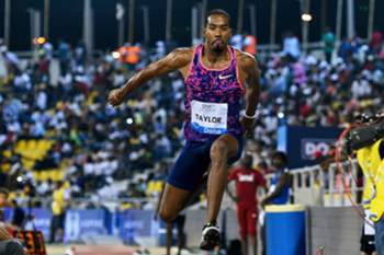 epa05946086 Christian Taylor of the USA competes in the men's Triple Jump event during the IAAF Diamond League athletics meeting in Doha, Qatar, 05 May 2017. Taylor won the competition.