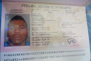 Passaporte de Victor Emenayo