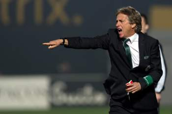 Sporting's head-coach Jorge Jesus reacts during their Portuguese First League soccer match against Pacos de Ferreira held at Mata Real stadium, Pacos de Ferreira, Portugal, 23th January 2016. JOSE COELHO/LUSA