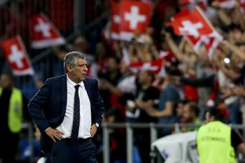 Portugal head coach Fernando Santos reacts during the Group B qualifier for the World Championship FIFA 2018 against Switzerland, at the St. Jakob-Park stadium in Basel, Switzerland. JOSÉ SENA GOULÃO/LUSA