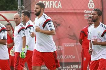Jogador apresentou-se com peso a mais no Benfica.