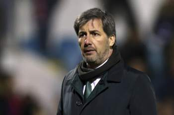 Sporting president Bruno Carvalho reacts after loosing their Portuguese Cup quarter final soccer match against Desportivo de Chaves held at Chaves Municipal stadium, Chaves, Portugal, 17 January 2017. JOSE COELHO/LUSA