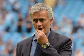 7716f17de6ee10ce227e616f933fce4c419d10a7.jpg • epa04886184 Chelsea manager Jose Mourinho reacts during the English Premier League soccer match between Manchester City and Chelsea at Etihad Stadium, Manchester, Britain, 16 August 2015. EPA/PETER POWELL EDITORIAL USE ONLY. No use with unauthorized audio, video, data, fixture lists, club/league logos or \'live\' services. Online in-match use limited to 75 images, no video emulation. No use in betting, games or single club/league/player publications. • PETER POWELL / EPA