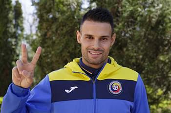 Paulo Ferreira vai defrontar Portugal ao serviço da Roménia.