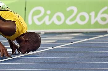 Usain Bolt na final dos 4x100 para fazer '3x3'