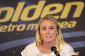 epa04781265 Australian athlete Sally Pearson attends a press conference of the IAAF Diamons League Golden Gala athletics meeting in Rome, Italy, 03 June 2015. The Golden Gala athletics meeting will take place in Rome on 06 June.