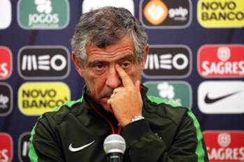 epa05022995 Portuguese national soccer team head coach Fernando Santos attends a press conference in Krasnodar, Russia, 13 November 2015. Portugal will face Russia in an international friendly soccer match on 14 November 2015. EPA/ANATOLY MALTSEV