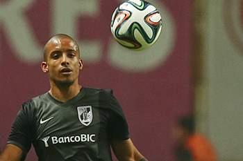 Bruno Gaspar jogou no Vitória de Guimarães