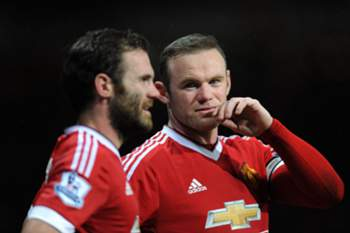 epa05086252 Manchester United's Wayne Rooney (R) and Manchester United's Juan Mata (L) react during the English Premier League soccer match between Manchester United and Swansea City at Old Trafford, Manchester, Britain, 02 January 2016. EPA/PETER POWELL EDITORIAL USE ONLY. No use with unauthorized audio, video, data, fixture lists, club/league logos or 'live' services. Online in-match use limited to 75 images, no video emulation. No use in betting, games or single club/league/player publications
