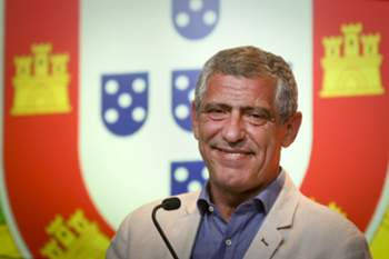 Portugal's national soccer team head coach Fernando Santos attends a press conference to announce the extension of his contract until 2020, at Soccer City, in Oeiras, Portugal, 21 July 2016. MARIO CRUZ/LUSA