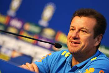 epa05233787 Brazilian National Soccer team head coach, Dunga, speaks during a press conference at the Vila Ventura hotel, in Viamao, Brazil, 28 March 2016. Brazil will face Paraguay on 29 March 2016 in a Russia 2018 qualifier game. EPA/Silvio Avila