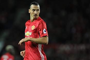 """Mourinho: """"É difícil Ibrahimovic melhorar"""""""