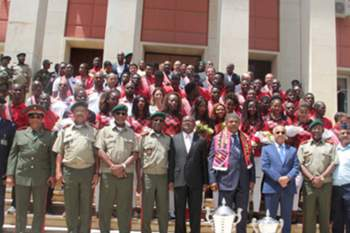 Ministério da Defesa homenageia campeões do 1º de Agosto
