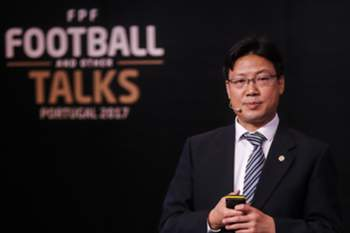 Lin Xiaohua no Football Taks