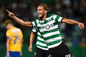 'Não penso deixar o Sporting antes de ganhar o título' diz Bas Dost