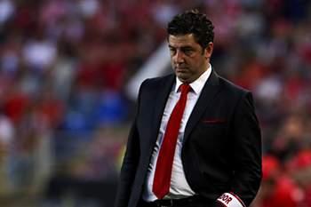 O Benfica defronta no s