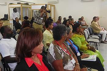 """Workshop sobre """"Liderança Feminina no Desporto"""", na Cidade da Praia"""