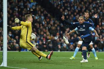 Joe Hart durante um Manchester City-Real Madrid