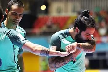 João Matos celebra um golo de Portugal frente ao Azerbaijão no Mundial de Futsal 2016