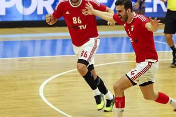 Benfica na final da Ta