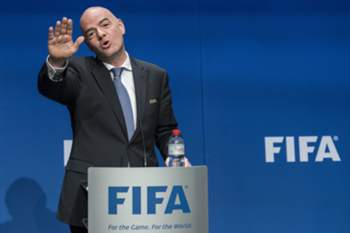 epaselect epa05709380 FIFA President Gianni Infantino speaks during a press conference after the FIFA Council meeting at the Home of FIFA in Zurich, Switzerland, 10 January 2017. The 2026 World Cup will feature 48 teams after the FIFA Council unanimously voted to expand the competition. EPA/ENNIO LEANZA