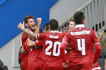 Jogadores do Sevilha celebram o golo de Gabril Mercado ao Deportivo da Corunha.