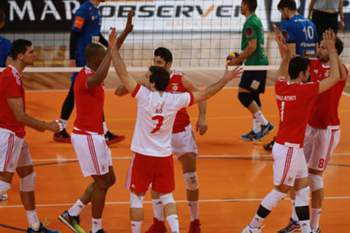 Benfica vence gregos na primeira mão dos 'quartos' da Taça Challenge de voleibol.