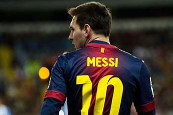 Messi recebe prémio de Melhor do Mês em Espanha pela primeira vez