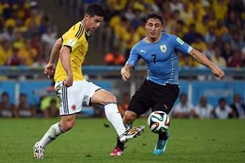 Extremo uruguaio deixa o Brasil.